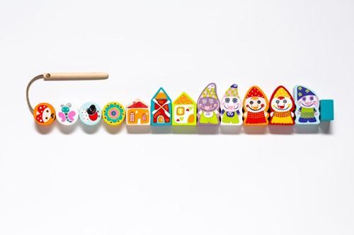 cubika-houten-rijgspel-dolgelukkige-dwergen